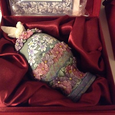 """G.DeBrekht """"Dove & Devotion"""" Egg Box Gracious Garden Series Numbered Limited Ed"""
