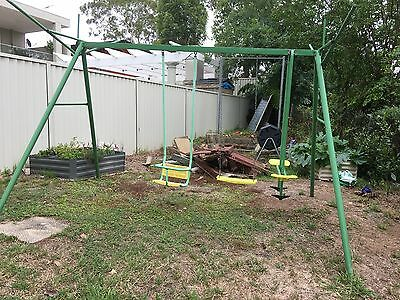 Childrens swing set used but working