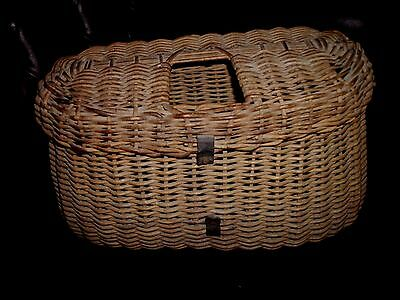Antique Fishing Creel Wicker Basket Fly Fish Old Vintage Fisherman's Trap