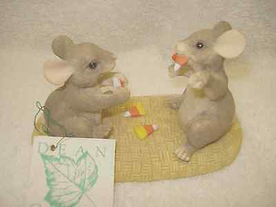 Charming Tails Candy Corn Vampire Mice- Dean Griff - Fitz and Floyd NIB