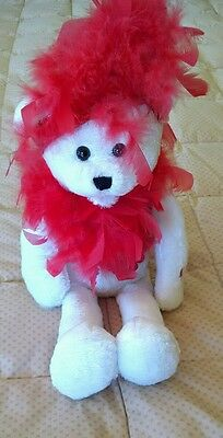 Chantilly Lane Roxie Bear Animated Musical sings I wanna be loved by you.
