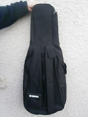 Yamaha soft padded carrying bag for a full-size cello
