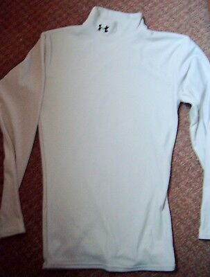 Mens Under Armour Top Size Small