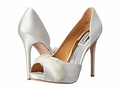 Badgley Mischka Piper Women Size 5.5 White Peep Toe Heels with Feather