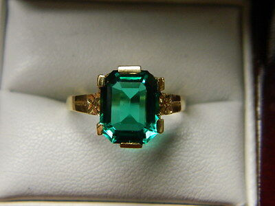 Emerald Ring 2.8ct 10K Yellow Gold