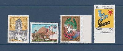 TIMBRES NEUFS ITALIE    Lot 124