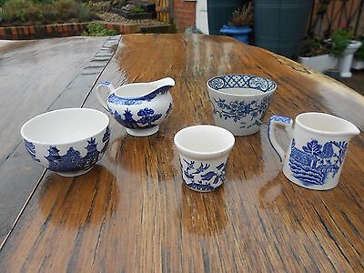 5 Pcs Vintage Small Blue/White Willow Pattern China Jugs/Bowls/Egg Cup