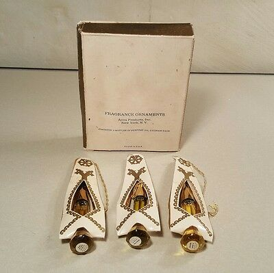Avon Fragrance Oils Christmas Ornaments Unforgettable Here's my Heart Cotillion