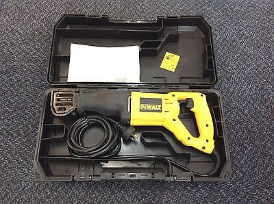 DeWalt DW304P-XE Reciprocating Saw Corded 1050w | Instructions + Hard Carry Case