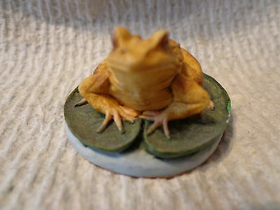 Miniature Brown Frog On Lily Pad Figurine Marked CA on Bottom USED