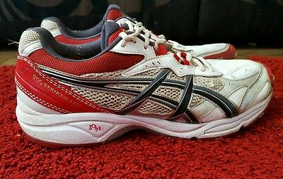 Asics Cricket spikes/shoes / boots