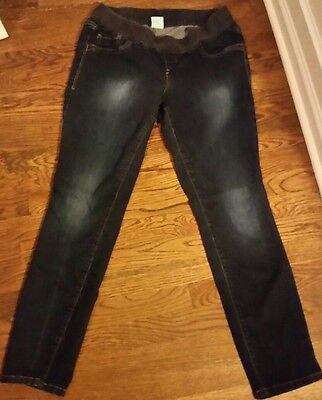 Women's size 12 maternity Old Navy Low Rise Jegging jeans