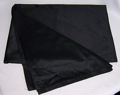"""Display Products Black Tablecloth (36"""" x 104"""")"""