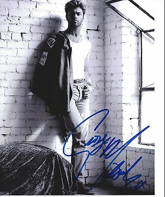 GEORGE MICHAEL Wham Hand Signed 8x10 B/W Photograph with full signature