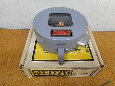 Mercoid Control DSF 7231-153 R6 Pressure Switch 15A 120/240V 10A 277V 1/4NPT New