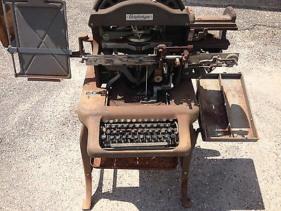 Vintage Graphotype Addressograph dog tag embossing machine Series 6381 WWII
