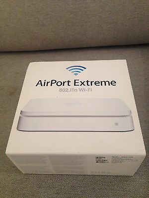Apple Airport Extreme A1408 Wireless Router - 5TH Generation