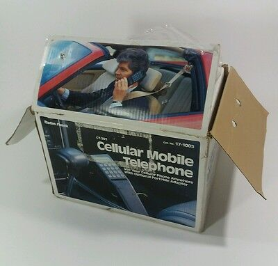 1990's Radio Shack CT-201 Cellular mobile telephone Car Phone & Portable Adapter