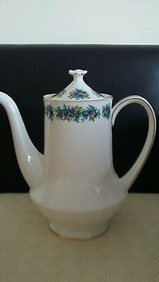 Vintage Royal Standard large coffee pot Holds approx 2 1/4 pints