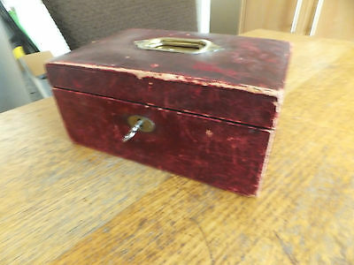Victorian leather jewellery box with lock and key