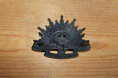 WW1 Australian Army Division Commonwealth Military Forces Cap Badge
