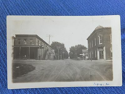 Vintage Post Card / Real Photo / Jessup ?,iowa / Divided