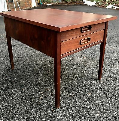 Vintage Pair Danish Modern MCM End Tables / Nightstand w Drawers Walnut