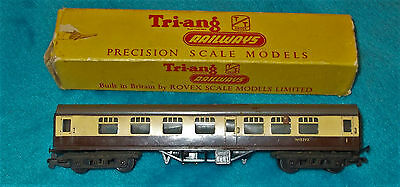 Triang TT Surburban Carriage T80  Boxed
