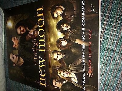 The Twilight Saga New Moon Official Illustrated Movie Companion Book