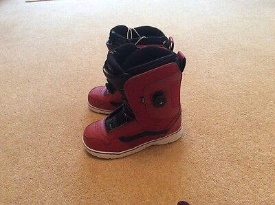 vans red aura boa snowboarding boots size 12