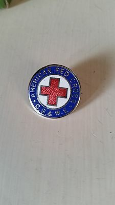 AMERICAN RED CROSS IN GREAT BRITAIN Enamelled Badge by Thomas Fattorini