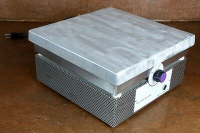 Barnstead Thermolye Type 2200 Hot Plate * Model: HPA2235M * 120 V * Tested