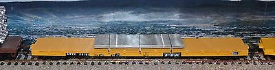 HO Scale Roundhouse TTX 60' flatcar with sheet steel load train