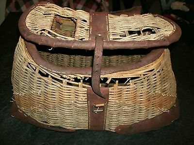 Camp, Cabin, Lodge, Vintage Wicker & Leather Fishing Creel