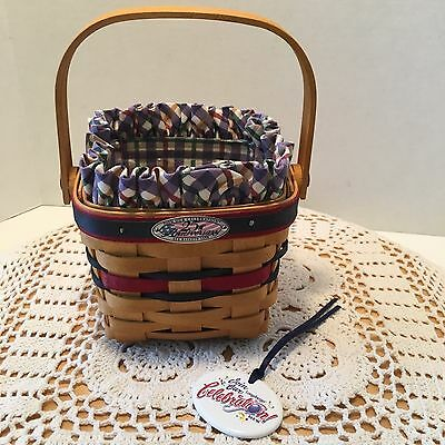 Longaberger ~ 25th Anniversary 1998 Bee Basket - Multiple Family Members Signed!