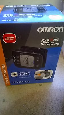 Omron RS8 Automatic Wrist Blood Pressure Monitor & NFC Wireless Charging Pad