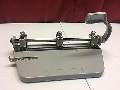 foothill 210 three hole paper puncher