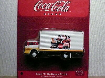 """Athearn """"N"""" Coca-Cola Ford 'C' Delivery Box Truck 1:160 (2 PHOTOS)- FAST SHIP!"""