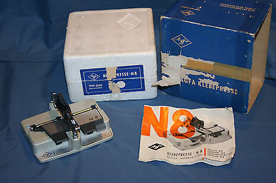 Agfa Klebepresse N8 8mm Film Splicer Type 5250 w/Box and Manual - Good Condition