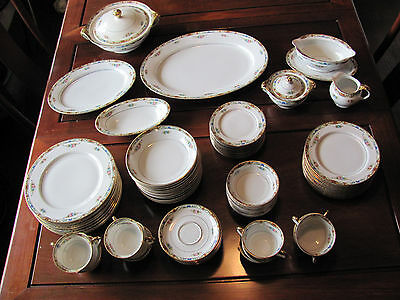 Beautiful Antique 91 piece Royal Bayreuth ROB287 Floral China Dining Set for 12