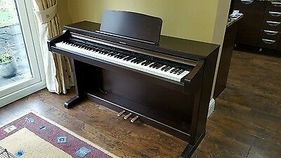 Technics SX-PX224 Electric Digital Piano in superb condition