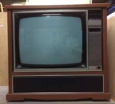 TELEVISION,  Retro Vintage - old Analogue Working COLOUR AWA tv