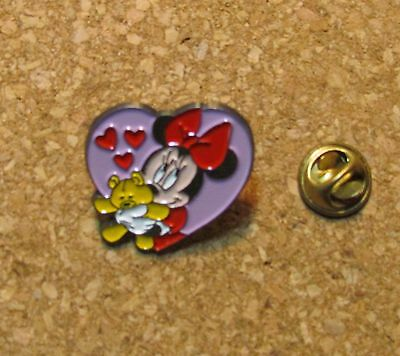 Disney Pin Minnie Mouse Valentine Heart Badge Pins Teddy Sedesma