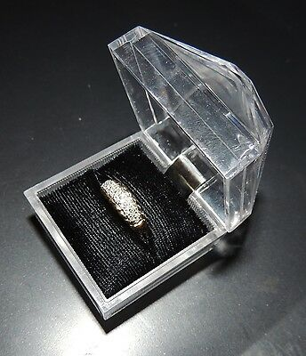 LADIES STUNNING 10 KT (3g) GOLD/DIAMOND RING SIZE 07 CASE INCLUDED (25 Diamonds)