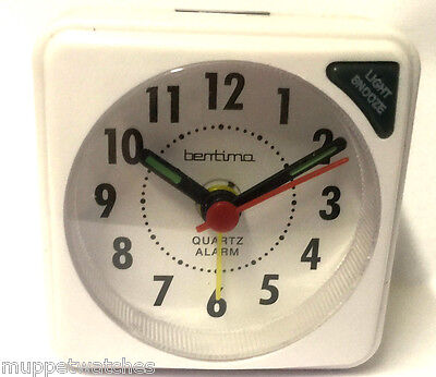 WHITE TRAVEL ALARM CLOCK QUARTZ SMALL CLEAR FACE ACCTIM Light Snooze & BATTERY