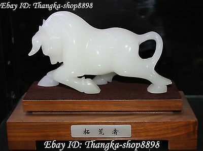Natural White Jade Pure Hand Carving Oxen Cow Cattle Bull Bovine Animal Statue