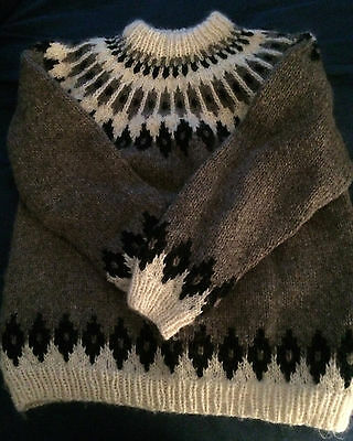 Icelandic nordic style hand knit sweater