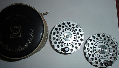 Extra Spool Hardy The Featherweight Hardy Flyreel  2 E-Spulen Hardy  The Feather