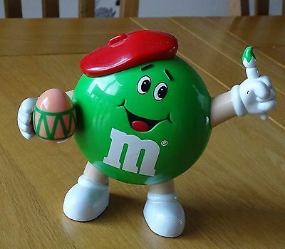 M&M collectables artist holder