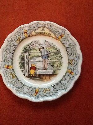 Royal Doulton Winnie the Pooh Plate Pooh sticks